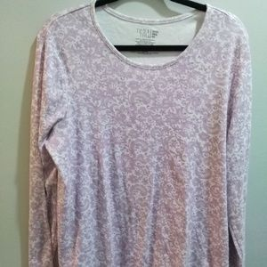 Time and Tru Pastel Pink Paisley Scoop Neck Tee
